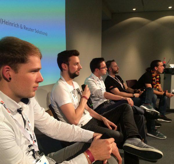 """DWX17: Session """"Tron Prinzip"""" und Podiumsdiskussion mit Armin"""